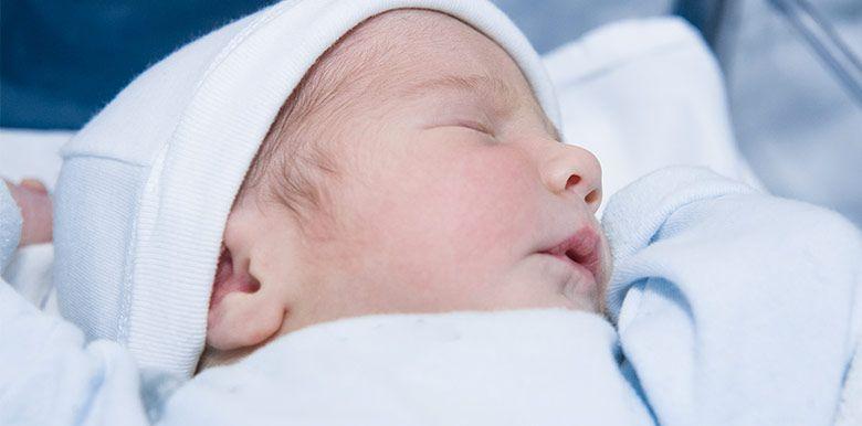 Comment habiller un nouveau-né ?