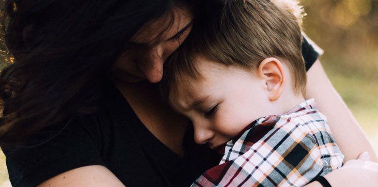 Un décès dans la famille : comment parler de la mort à mon enfant ?