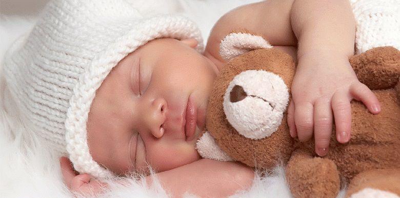 Mon bébé dort beaucoup : dois-je m'inquiéter ?