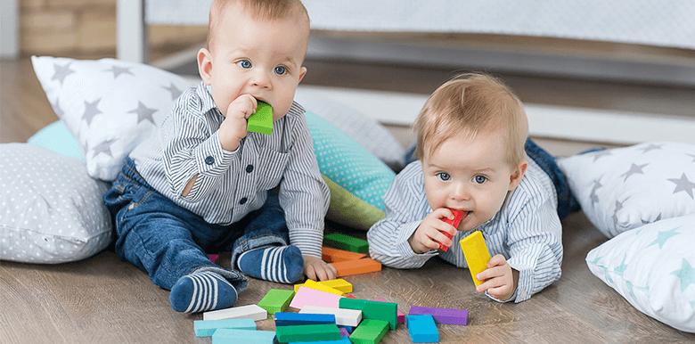 Faut-il séparer les jumeaux à l'école ?