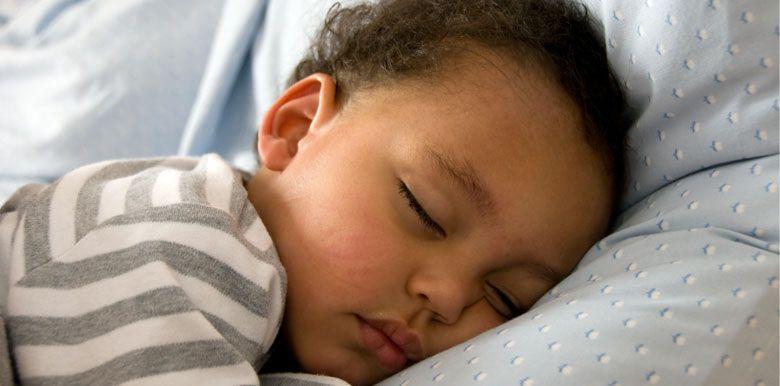 Mon enfant s'endort tard le soir