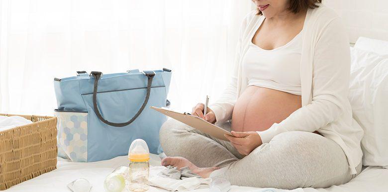 Sac de maternité pour le papa : on met quoi dedans ?