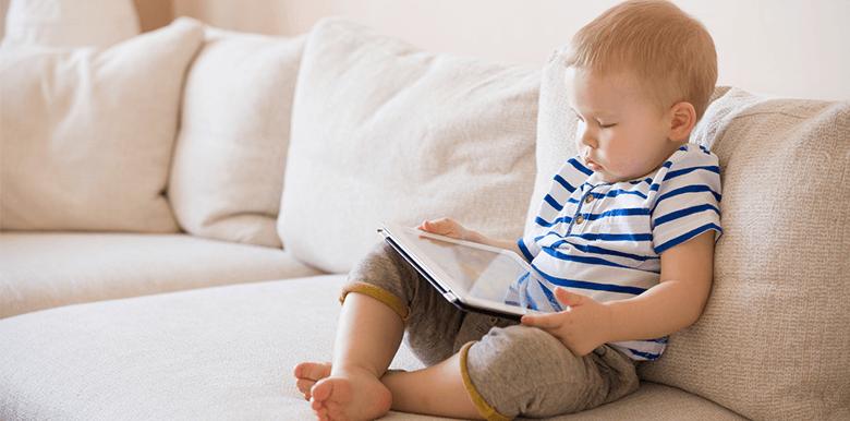 Pourquoi faut-il réguler l'usage des écrans des très jeunes enfants ?