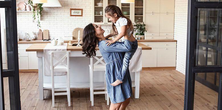 10 idées reçues sur les mères au foyer