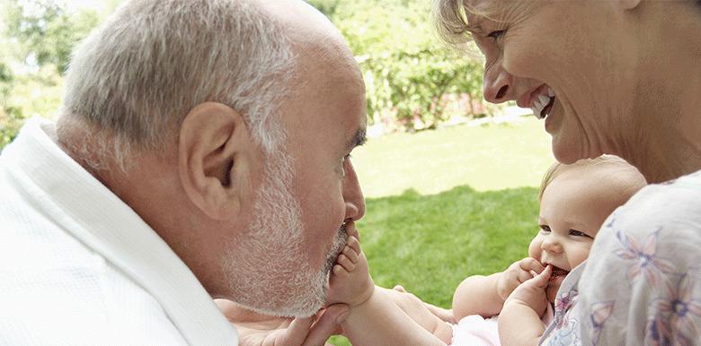 Papy et Mamie : comment choisir votre surnom
