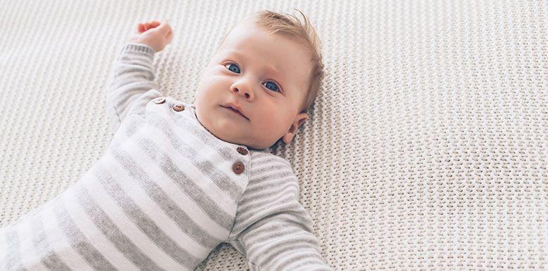 Bébé : semaine 9