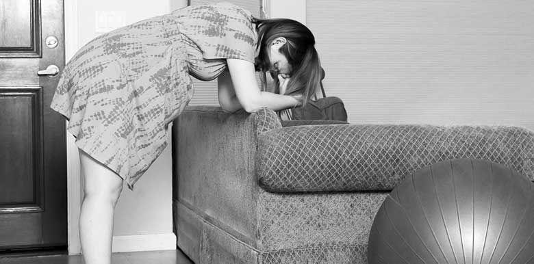 Accouchement : comment gérer les contractions à la maison ?