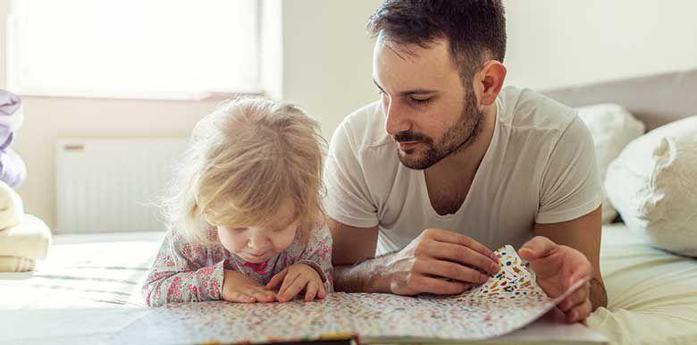 Lire des histoires à son enfant : pourquoi c'est important