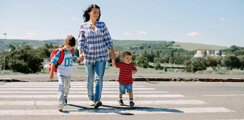 Sécurité dans la rue : comment responsabiliser les petits ?