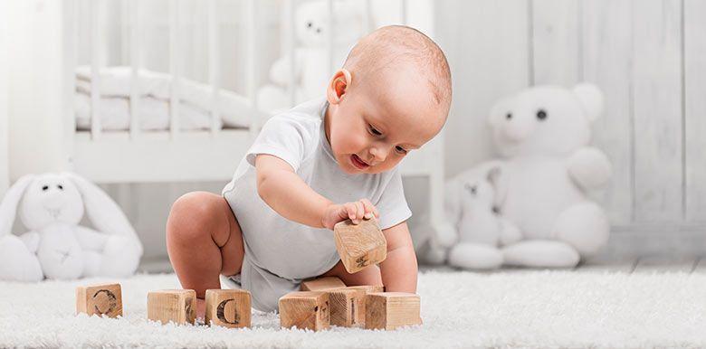 Les jouets pour bébé âge par âge