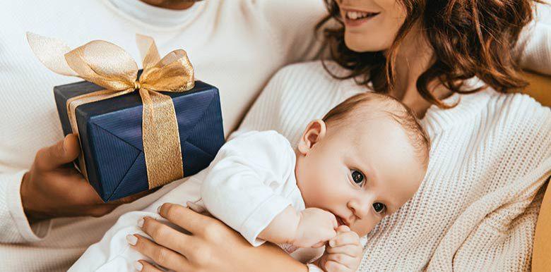 cadeaux nouveau-né naissance