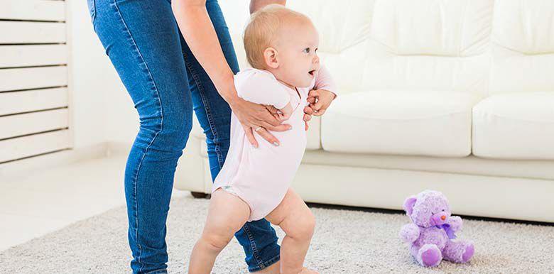 10 conseils pour aider bébé à marcher