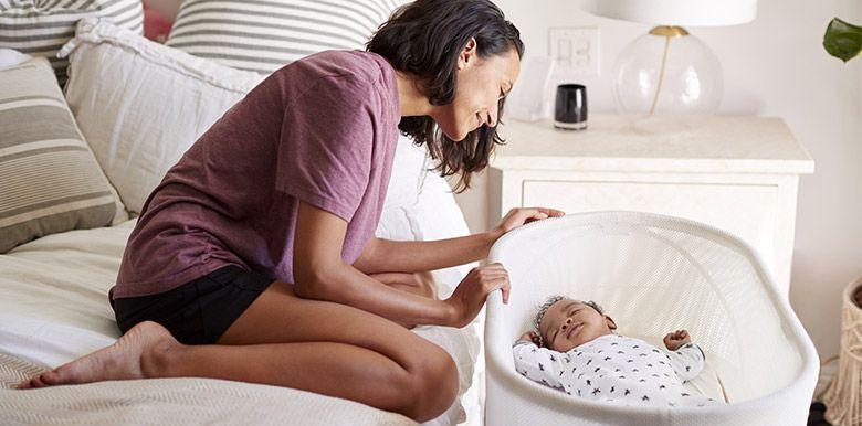 réveiller bébé pour lui donner à manger