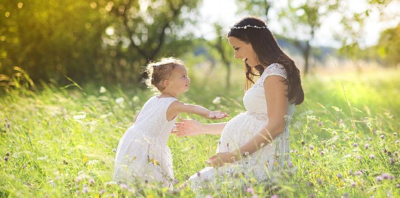 Préparer son enfant à l'arrivée de bébé