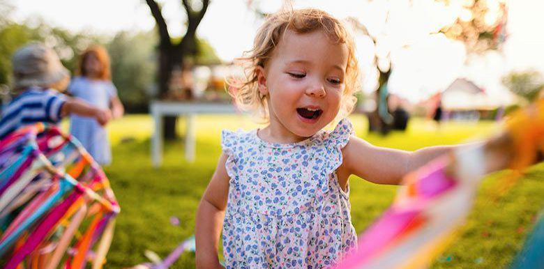 Jeux de plein air pour les 1-3 ans