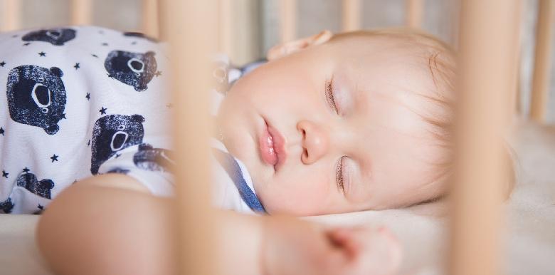 Mon enfant ne veut pas aller se coucher : gérer les angoisses du soir