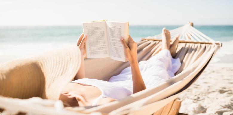 10 livres sur la grossesse à lire durant l'été